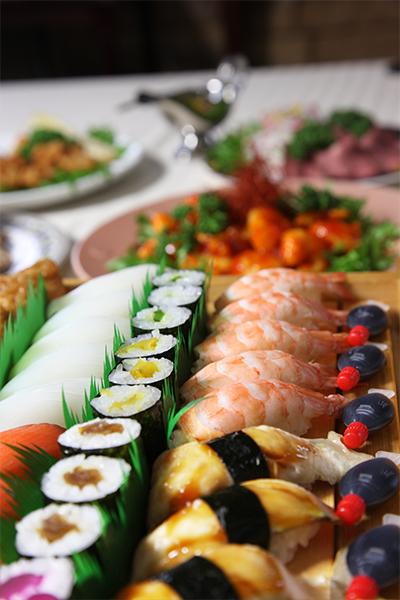 寿司とオードブル