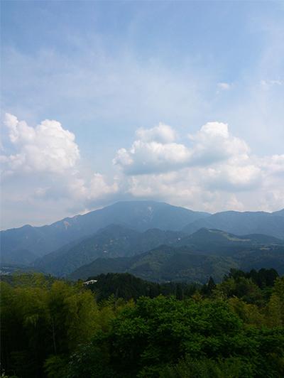 馬籠宿から見た恵那山